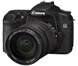 CANON EOS 50D + objektív EF-S 18-200 mm f/3,5-5,6 IS