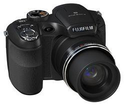 FUJI FinePix S1600